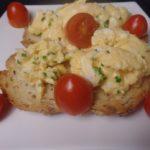 Getoast brood met roerei