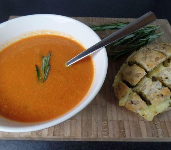Breekbroodje met Brie en Basilicum
