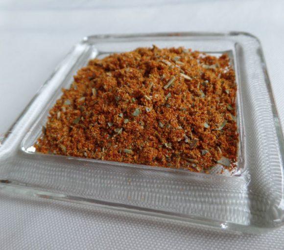 Zelfgemaakte kipkruiden