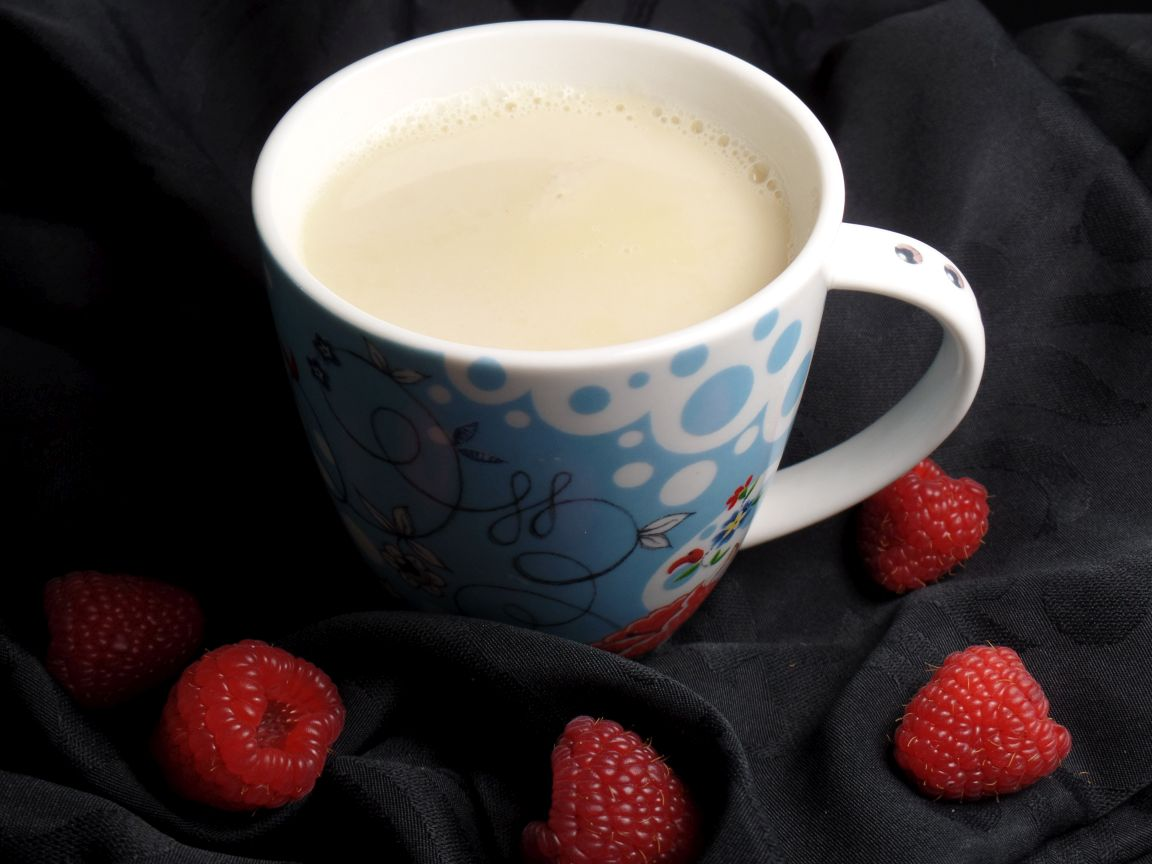 Raspberry white chocolademelk