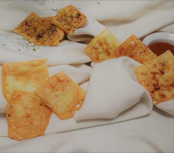 Mini kaascrackers met drie smaken